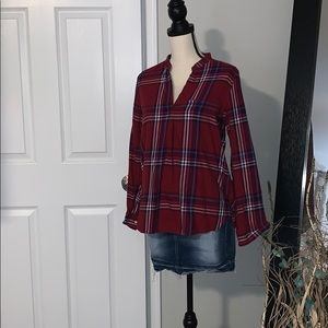 Stylish flannel top!